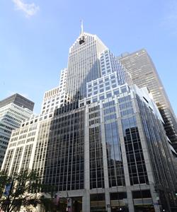 park avenue commercial building with onsite management